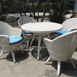 Prunabon - Outdoor Dining Sets